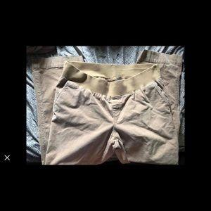 Maternity pants sale🍋